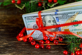 Holiday Bonuses: To Give or Not to Give?
